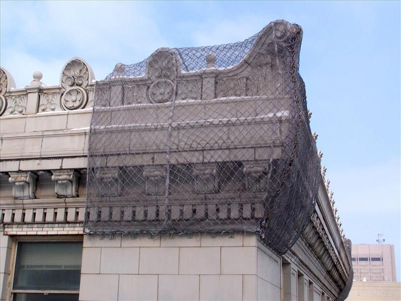 Facade Containment Pucuda Leading Edge