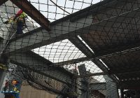 A safety netting system for steel structures.